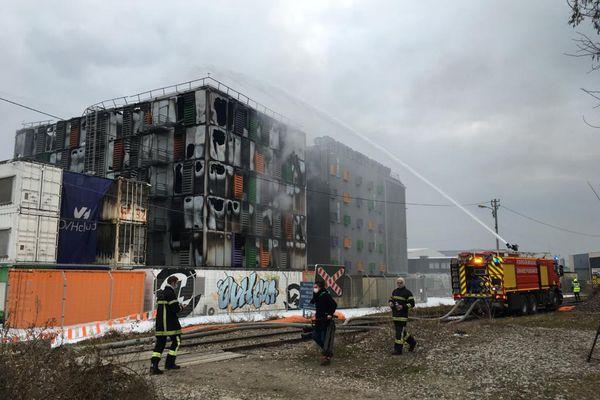 Incendie chez OVH : 3,6 millions de sites web sont tombés.